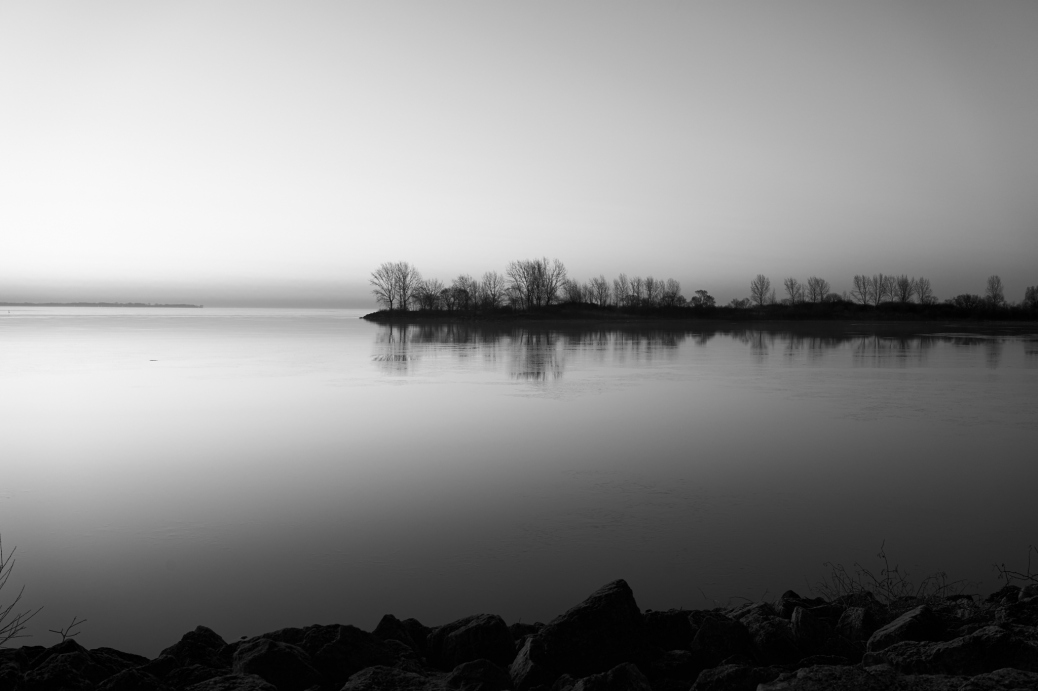 I always enjoy taking long exposures in the early mornings.  The water was quite still so I would've had to have exposed for a 60+ seconds to get the water to truly blend together into a nice haze.